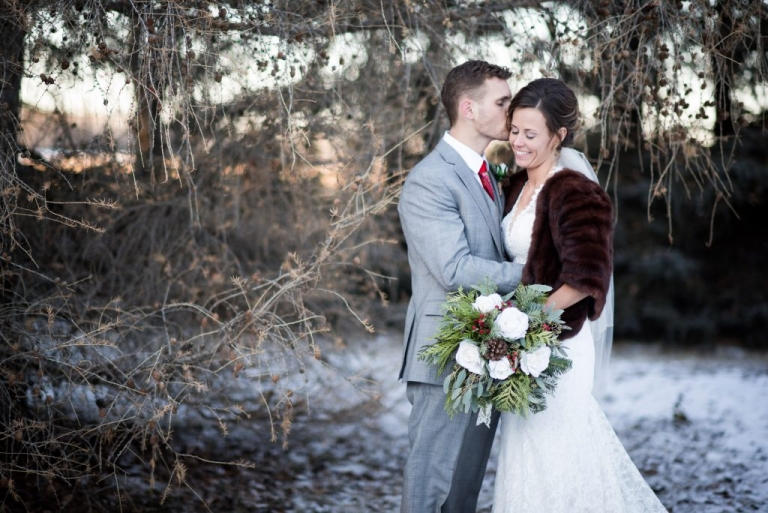 winter Meghan Elizabeth Photography Wedding