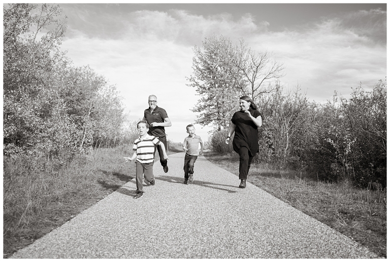 FAmily Race as Nosehill Park Calgary