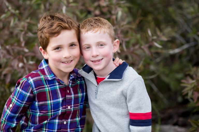 twin brother from family photos with Meghan Elizabeth Photography